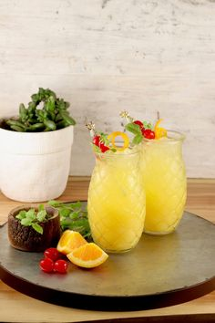 Pineapple Screwdriver cocktails are super simple to make! Easy to mix up by the glass or the pitcher with pineapple juice, orange juice and vodka. Great for get togethers with friends, game day gatherings or your next cocktail party. Alcoholic Drinks With Pineapple Juice, Orange Juice Cocktails, Orange Juice And Vodka, Pineapple Cocktail, Pineapple Lemonade, Fruity Cocktails, Frozen Cocktails, Alcohol Drink Recipes, Kiwi Juice