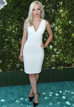 "Dove Cameron wore a white #AliceandOlivia ""Riki"" leather fitted cutout dress the #TeenChoice Awards. #TCAsDove The Fashion Court (@TheFashionCourt) | Twitter"