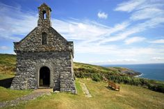 Here are more than a dozen things to do in Britain's smallest city. https://www.qualitycottages.co.uk/aroundwales/days-out-st-davids/