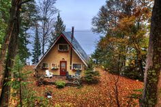 exterior // a-frame / cabin / tiny house A Frame Cabin, A Frame House, Little Cabin, Little Houses, Tiny Houses, Lake Houses, Dream Houses, Cozy Cabin, Cozy Cottage