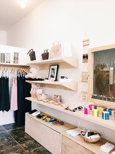 CHAY is a beautiful clothing boutique on west 3rd street