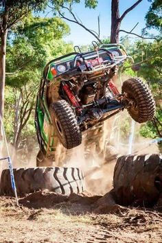 Doumé Patrol Gr, Defying Gravity, Nissan Patrol, Jeep Stuff, Rigs, Jdm, Troll, Cars And Motorcycles, Offroad