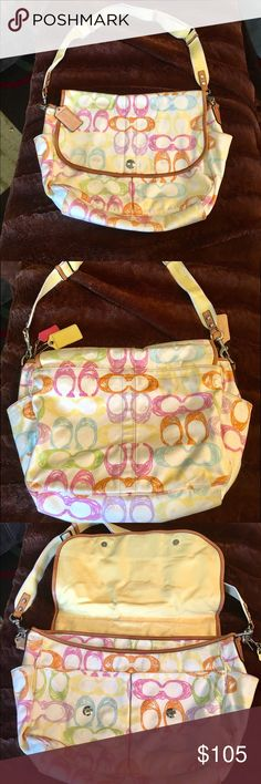 COACH laptop or diaper bag! Great condition ! COACH laptop or diaper bag! Great condition ! Few marks inside but nothing major , measurements in the pics !!  This is a great bag ! I loved it very much ! :-) Coach Bags Crossbody Bags