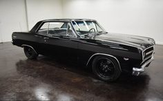 1965 Chevrolet Chevelle Malibu: 2 door turbo 400 transmission sutomatique and blue on the inside and black on the outside, 59,073,000 and a 350 V8 engine with 17-inch wheels; Numbers wine used: 136375G117435 and numbers do not match.   This vehicle is available for sale, contact us on: www.misterdeals.com / or call us on: 08-05-08-02-81 if you are interested in this vehicle.   Our prices are: 18.499 euros