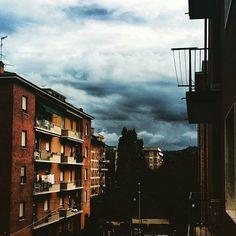 Meteo di un pomeriggio di Agosto! #bologna #meteo #meteoitalia #instaitalia #italia #italy #weather #cloudly #insta #instaitaly #instadaily #agoust2015 #agoust #agosto #agosto2015