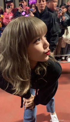 Discovered by lisa. Find images and videos about kpop, blackpink and lisa on We Heart It - the app to get lost in what you love. Jennie Blackpink, Blackpink Lisa, Jenny Kim, Rapper, Lisa Blackpink Wallpaper, Kim Jisoo, Blackpink Photos, Blackpink Fashion, Yg Entertainment