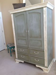 Shabby Chic Armoire Makeover - Painted with Annie Sloan Chalk Paint®️️ #shabbychicfurnituremakeover #BedroomFurnitureArmoire