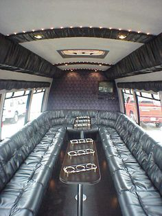 Custom Limousine Bus Interiors | Limo2 (98352 Bytes)