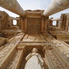 A cidade greco-romana de Éfeso: um regresso ao passado