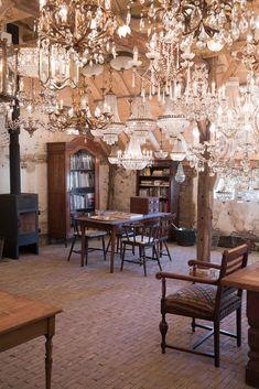 Goedenberg; Interieur schuur Chandelier, Ceiling Lights, Lighting, Home Decor, Candelabra, Decoration Home, Room Decor, Chandeliers, Lights