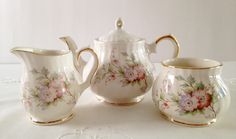 Beautiful Small 2 Cup Sadler/Windsor Teapot, Creamer & Sugar Tea Set
