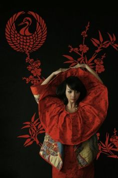 black backdrop with red color #chinoiserie