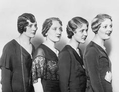 Hairstyles, 1920s.                                                                                                                                                     Mehr