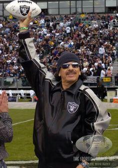 Carlos Santana is a Raiders fan Raiders Sign, Raiders Stuff, Nfl Raiders, Raiders Baby, Oakland Raiders Images, Oakland Raiders Football, Nfl Football, Raider Nation, Thing 1