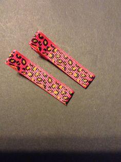 Pink cheetah hair clippies/non slip by mycutesies on Etsy, $1.90