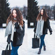 Gabriela G. - Second hand shopping