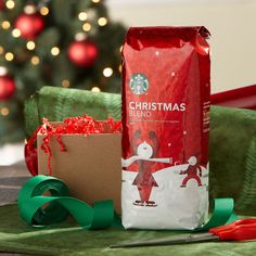 Starbucks Christmas Blend ~ It's in this house year round! Merry Christmas Darling, Christmas Time Is Here, Christmas Morning, Best Instant Coffee, Blended Coffee Drinks, Coffee Pack, Coffee Coffee, Starbucks Rewards, Wholesale Coffee