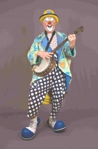Clown Bluey  - experienced award-winning international professional entertainer / funny clown