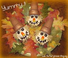 Scarecrow Cupcakes and Other Goodies for Fall
