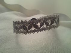 Bobbin lace beacelet with diamont yarn silver and 925 silver clasp with white agate center stone