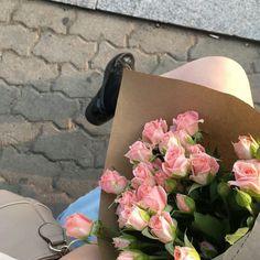Luxury Flowers, My Flower, Fresh Flowers, Wild Flowers, Beautiful Flowers, Plants Are Friends, Flower Aesthetic, Mother Nature, Planting Flowers
