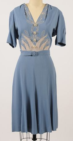 1940s gorgeous blue dress