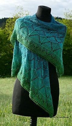 Sweet Shawl Summer Edition by Camille Coizy Delahaie