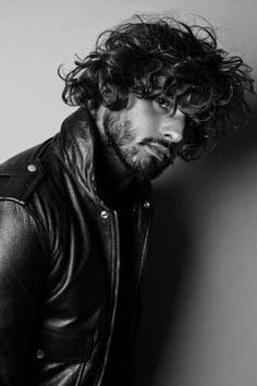 Marlon Teixeira, Hair And Beard Styles, Long Hair Styles, Comb Over Haircut, Style Masculin, Beauty Shoot, Male Beauty, Male Models, Black Men