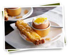 Boerenkaas stengels met een zacht gekookte eitje    Bekijk het recept: http://www.kaas.nl/kaas-recepten/boerenkaas-stengels-met-een-zacht-gekookte-eitje