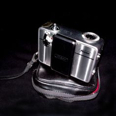 Ricoh Auto Half Camera Mechanical Film Batteryless +leather case | cameras, camcorders | City of Toronto | Kijiji