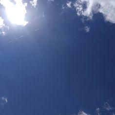 Souvent sur la Brèche #Niort #ciel #cielfie #lcdj #lecieldujour #cielo #sky #himmel #bluesky #instasky #instablue #blue #bleu #blau #azul #nofilter #France #skyporn