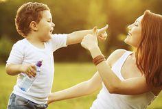Entenda como algumas nuances na hora de se comunicar com a criança podem atrapalhar ou ajudar no diálogo entre vocês