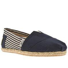 Schuh are proud to introduce Toms, an LA based company who give a pair of shoes to a child in need every time they sell a pair. Nautical canvas upper and espadrille inspired midsole, make this both an ethically sound and effortlessly cool purchase!