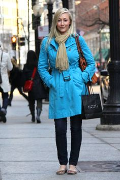 Chicago Who : Lauren What : Ditch your everyday khaki trench for one in a head-turning brilliant blue color. Wear : Mark Shale coat, Paige jeans, vintage scarf, Aldo shoes, J.Crew bag   Read more: Global Street Style - Discover More Street Style  Follow us: @ElleMagazine on Twitter | ellemagazine on Facebook  Visit us at ELLE.com