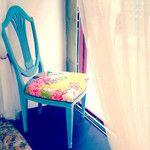 silla de época tapizada con nuestras telas