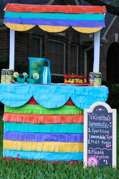 Create this DIY Pinata Lemonade Stand! Your kids will love it, and it would be great for a summer party. See how fun it is to put together! Fun Crafts, Diy And Crafts, Crafts For Kids, Girl Birthday, Birthday Parties, Fun Summer Activities, Tissue Paper Flowers, Love My Kids, Fathers Day Crafts