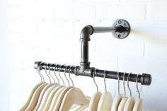 Split de 12 pulgadas Rack de ropa Industrial  por CoronaConceptsCo