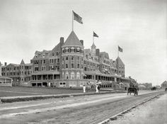 Narragansett Pier, Rhode Island, circa 1910. Hotel (New) Mathewson. For many years the pre-eminent lodging in the City of Hotels.