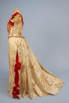 Evening dress ca. 1890's
