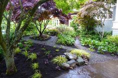 love this shady garden