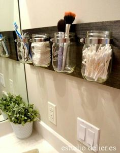 Click Pic for 18 DIY Bathroom Storage Ideas - Mason Jar Organizers - Bathroom Organization Ideas Mason Jar Bathroom, Mason Jar Diy, Bathroom Containers, Pots Mason, Diy Decorate Mason Jars, Mason Jar Shelf, Mason Jar Hanger, Mason Jar Wall Sconce, Hanging Mason Jars