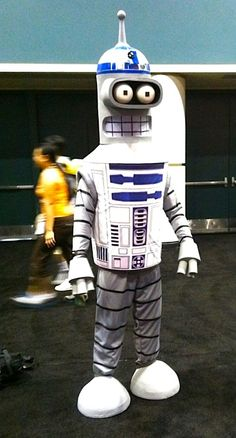 R2-D2 Bender gets drunk, swears at you in bleeps and bloops