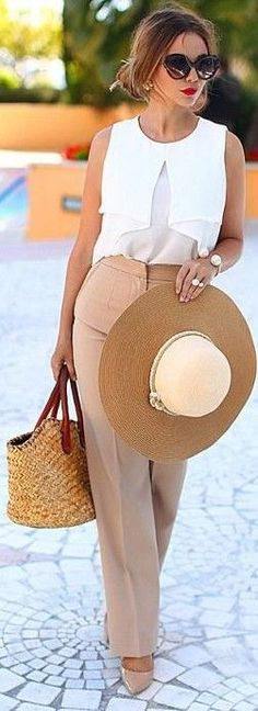 #street #style #womens #fashion #spring #outfitideas | White top + nude pants | Yana Fisti