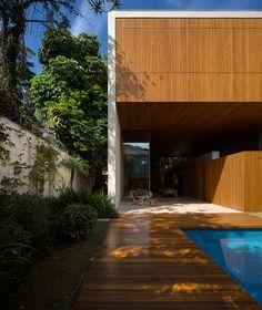 753 - StudioMK27 | Márcio Kogan | Wood House | São Paulo, Brasil