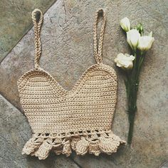 Free Boho Summer Top Crochet Patterns - Page 37 of 60 - hotcrochet .com Sie Kleidung Boho Sommer Outfits Free Boho Summer Top Crochet Patterns - Page 37 of 60 - hotcrochet .com Sie Kleidung Boho Sommer Outfits Crochet Crop Top, Crochet Tops, Diy Crochet Top Pattern, Crochet Patterns Free Tops, Crochet Top Outfit, Crochet Outfits, Crochet Shirt, Bralette Pattern, Mode Crochet