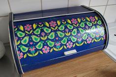 Bread box -design by Arne Bentsen- from www.anyas.se