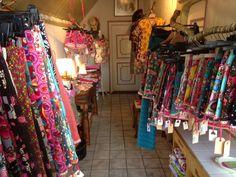 Cillie Shoppie Oosterlaan 30 Hollum Openingstijden : Ma en do t/m za 10:00-11:30 en 16:30-17:30 uur Zie ook www.cillie.nl