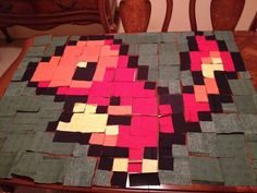 Charmander Baby Quilt - QUILTING - This is what happens when someone has way too much time on their hands after graduating college. Yarn Crafts, Sewing Crafts, Diy And Crafts, Sewing Projects, Arts And Crafts, Pixel Pattern, Pattern Blocks, Quilt Patterns, Pokemon Craft