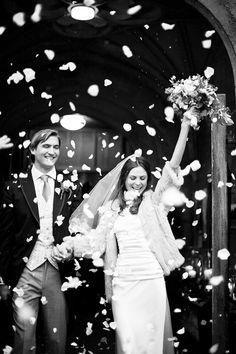modern bohemian wedding | image via: sinppet + ink