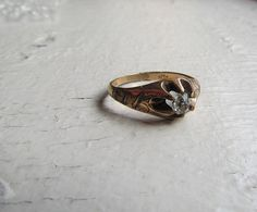 Antique Men's Ring / Victorian Gold Shell Ring by LUXXORVintage, $88.00